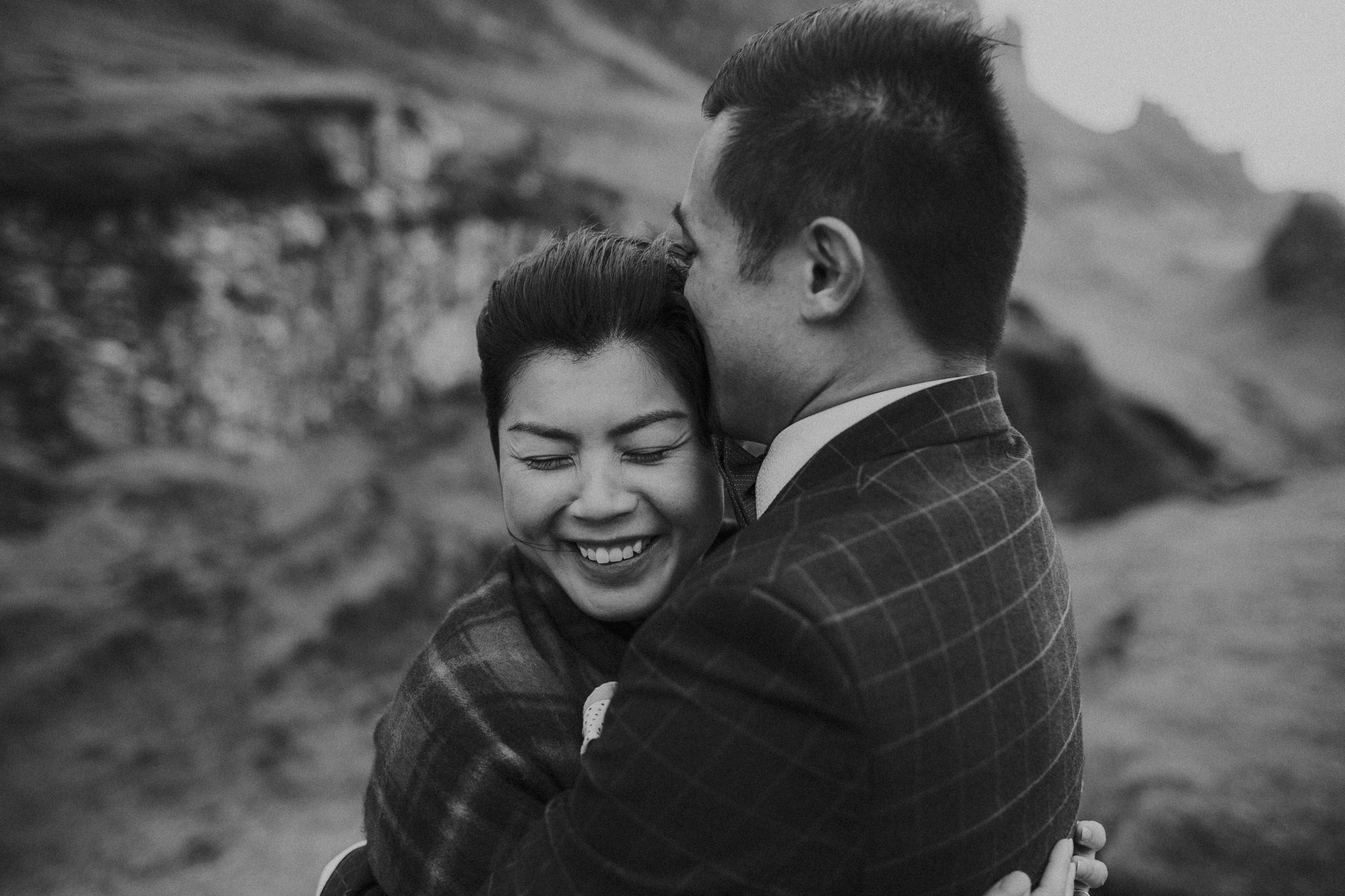 Isle of Skye Elopement | Intimate Scotland Elopement in the Isle of Skye | Scotland Wedding Photographer | Destination Wedding Photographer | www.blackbirdtale.com